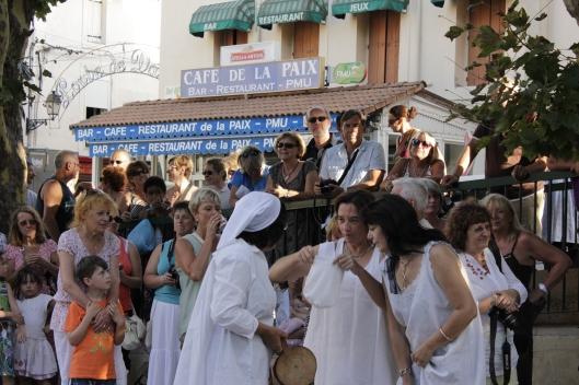 ... och Petetasyra utanför Café de la Paix