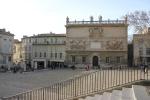 Piazzan utanför palatset