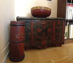 Kistan med målning i original från sjuttonhundratal