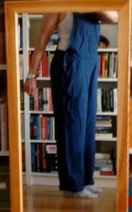 Snickarbyxor i grovt linne från Gudrun Sjödén