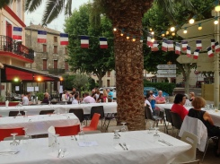 Dukat för nationaldagsfest på Léas
