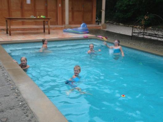 barn i bad