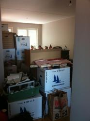 Snart flyttar lådorna ut igen...