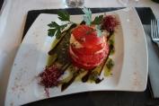 Tomat- och mozzarellasallad i den högre skolan