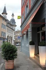 Hotel Bourgogne med magnifikt posthus i fonden