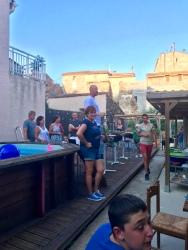 Torsdagsbarbeque på Chez Amis